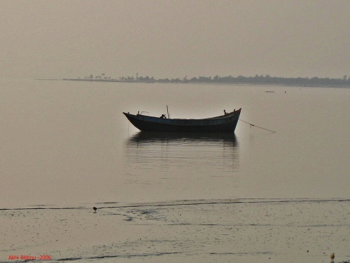 Boat on the Ganges_2