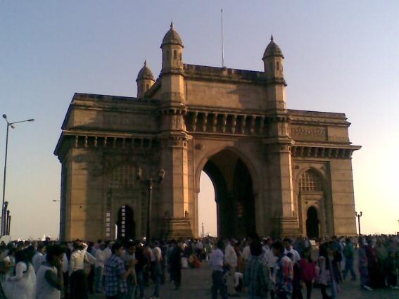 5_ Gateway of India