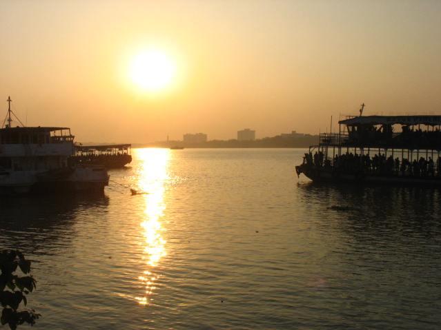 Hooghly_Kolkata_Sunset